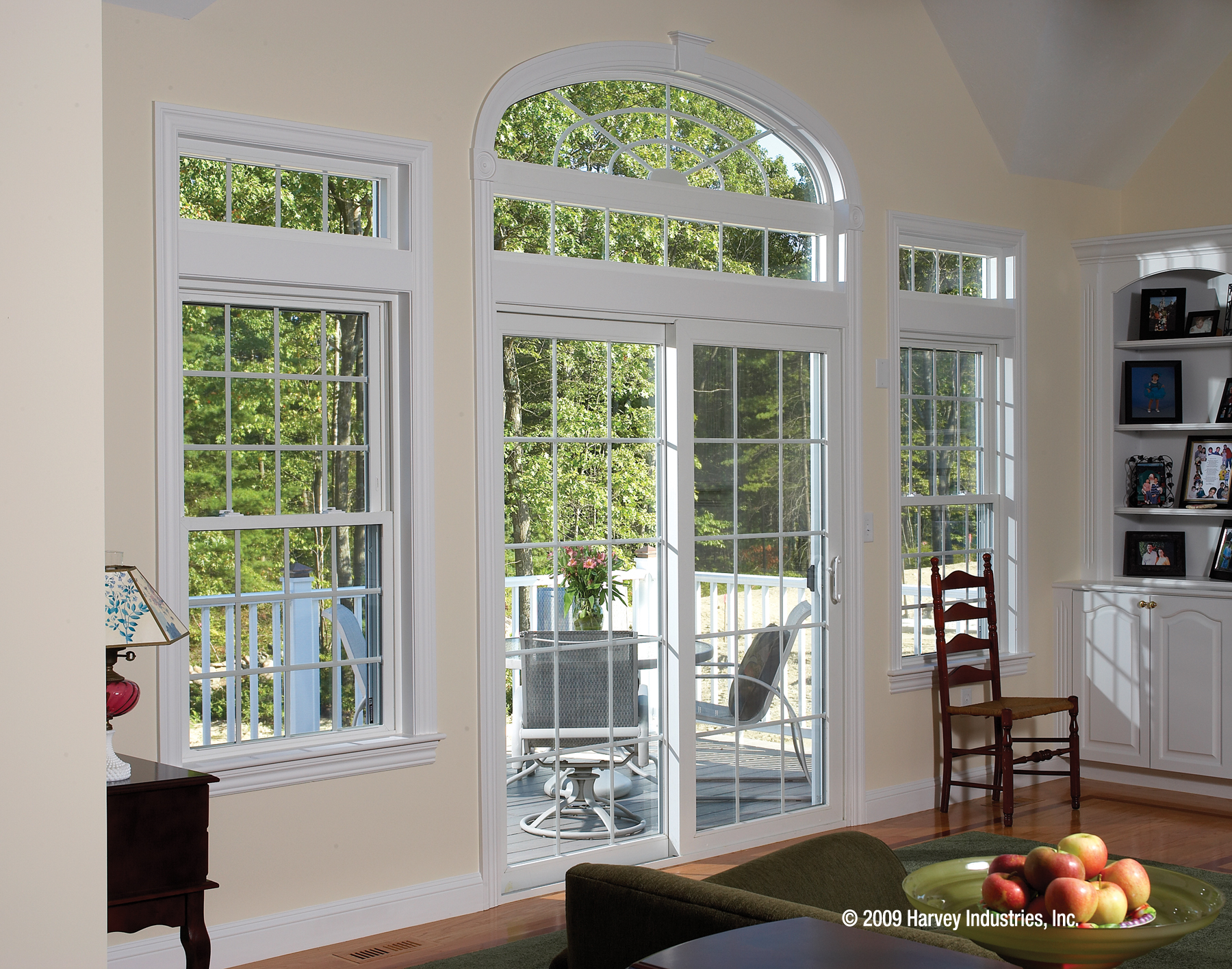 Double hung replacement windows abc windows and more for Double hung patio doors